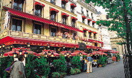 Le Pied de Cochon restaurant is situated in the heart of Paris : Halles Chatelet district